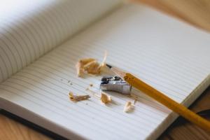 Bota din skrivkramp