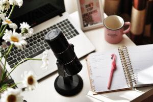 Skapa poddar med content marketing